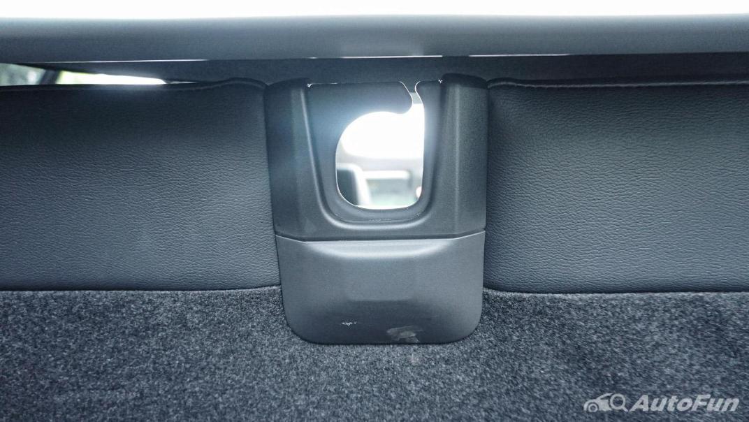 Mitsubishi Eclipse Cross 1.5L Interior 095