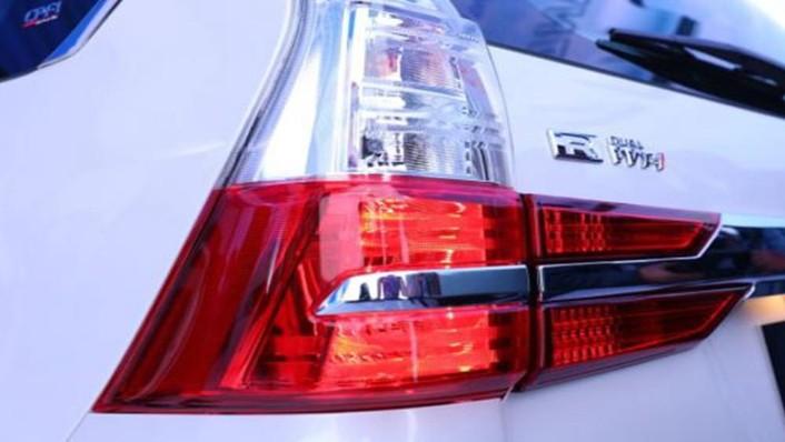 Daihatsu Grand Xenia 2019 Exterior 009