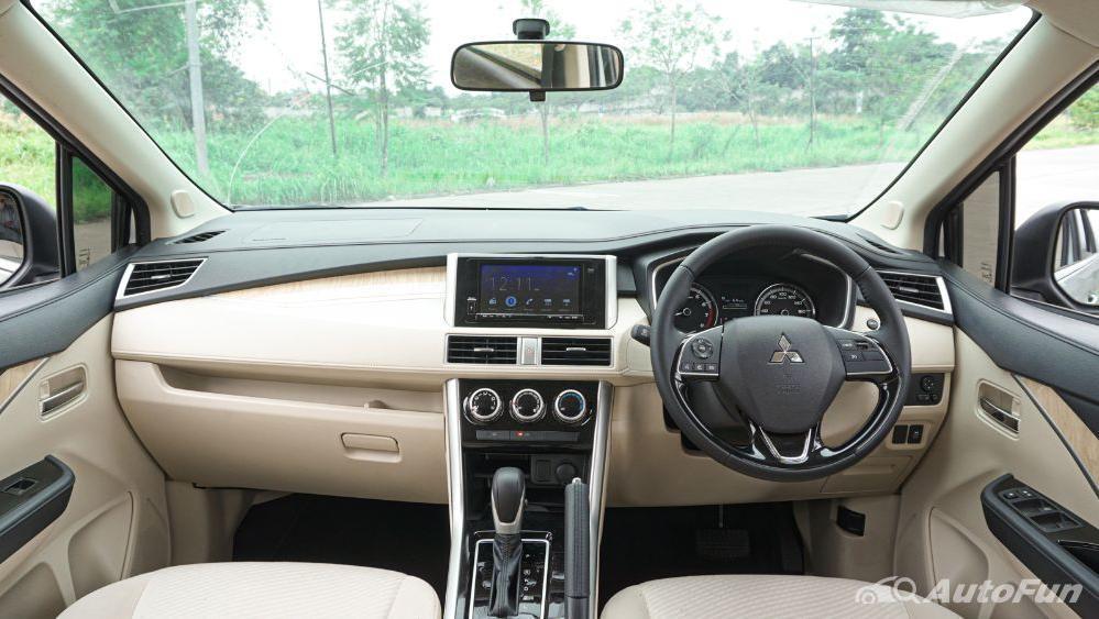 Mitsubishi Xpander Ultimate A/T Interior 001