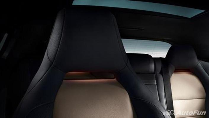 Mercedes-Benz GLA-Class 2019 Interior 005