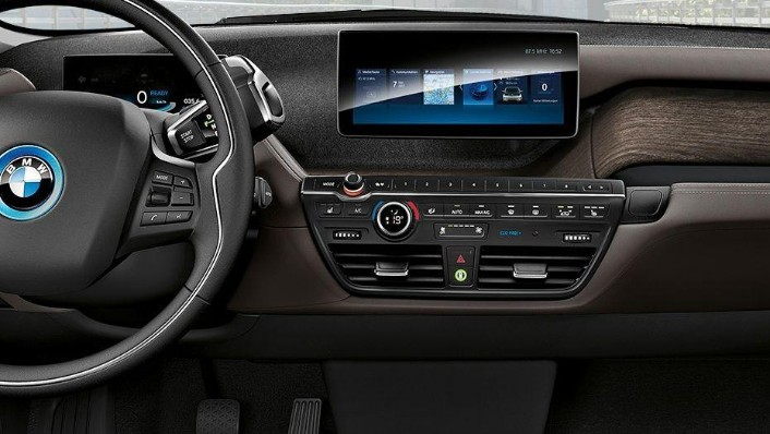 BMW I3s 2019 Interior 003
