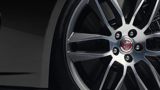 Jaguar F-TYPE 2019 Exterior 045
