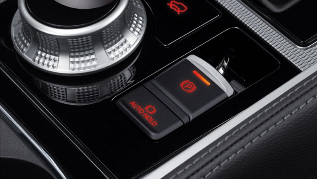 2021 Mitsubishi Pajero Sport Interior 007
