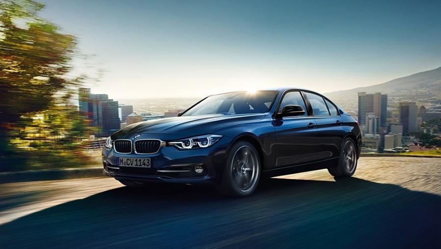 BMW 3 Series Sedan 2019 Exterior 001