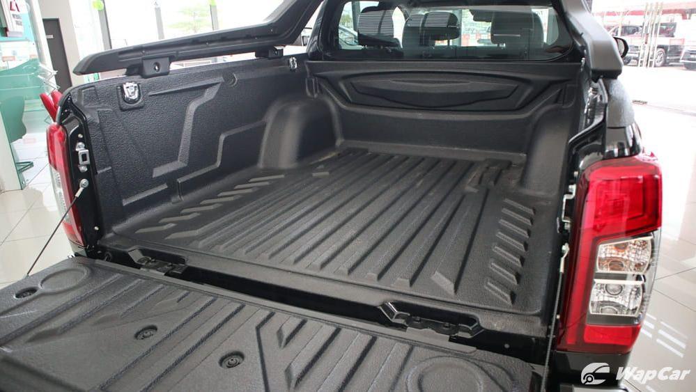 Mitsubishi Triton 2019 Interior 045