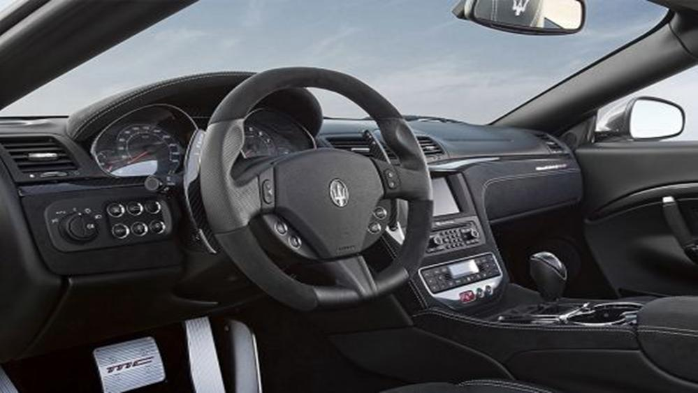 Maserati Grancabrio 2019 Interior 001