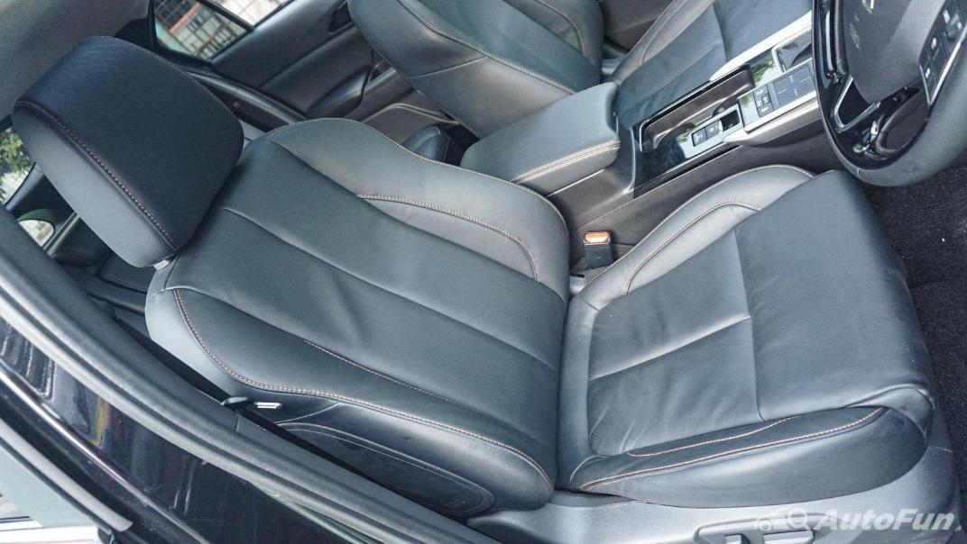 Mitsubishi Eclipse Cross 1.5L Interior 050
