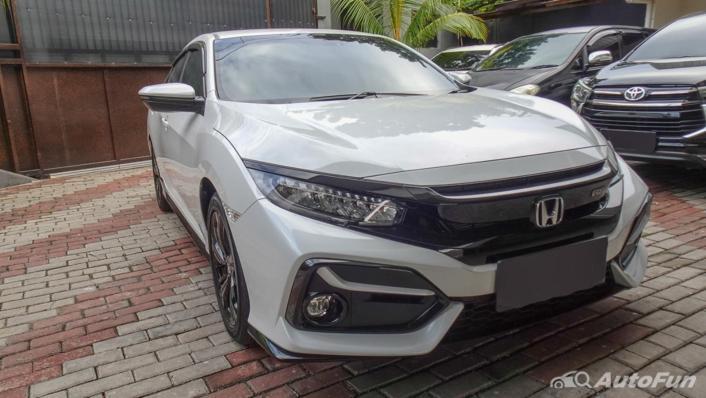 Honda Civic Hatchback RS Exterior 003