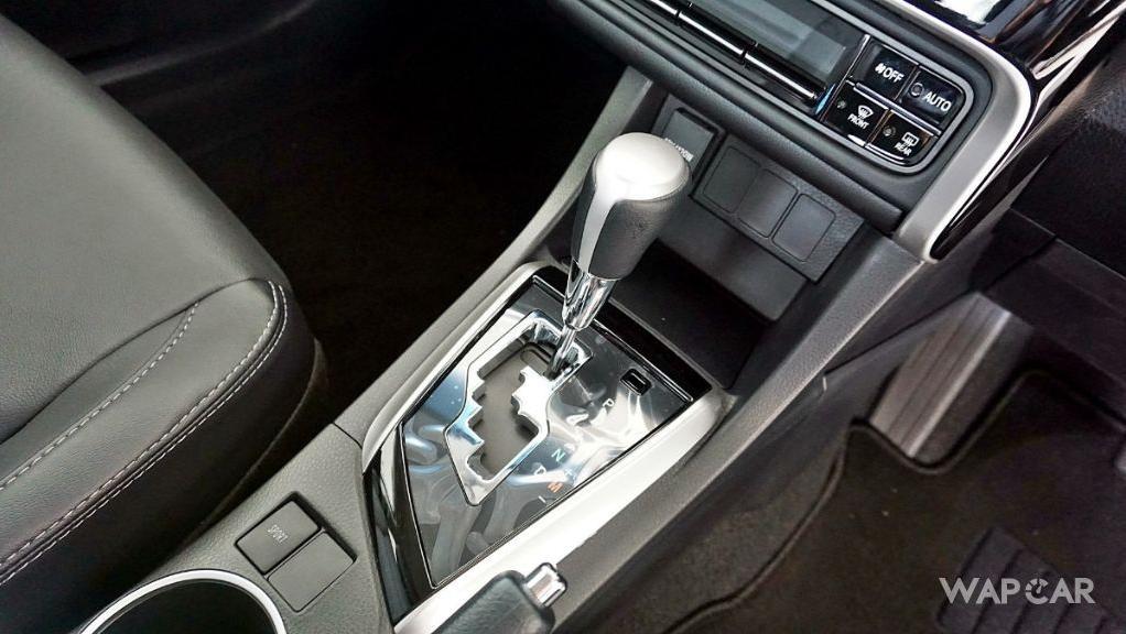 Toyota Corolla Altis 2019 Interior 174