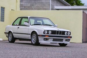 Hal Ini Perlu Diketahui Sebelum Beli BMW E30 318i Bekas