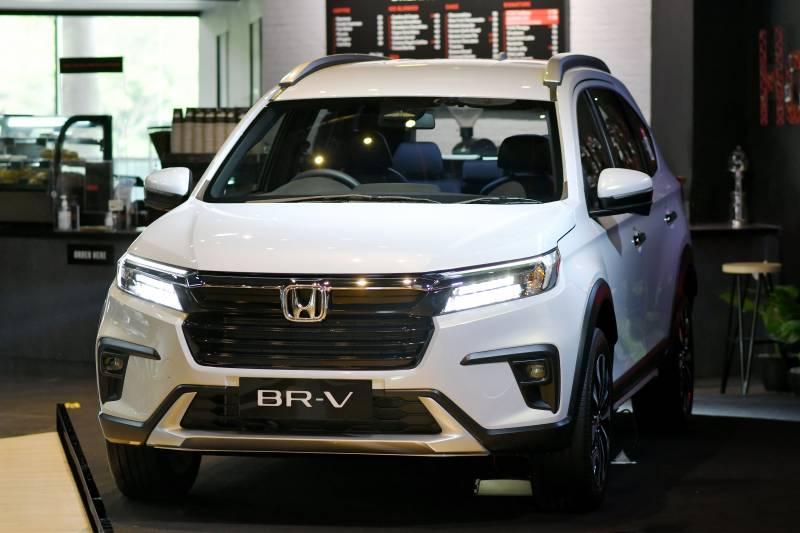 10 Perbedaan Honda BR-V 2022 dengan Model Lawas, Keren yang Baru atau Lama? 02
