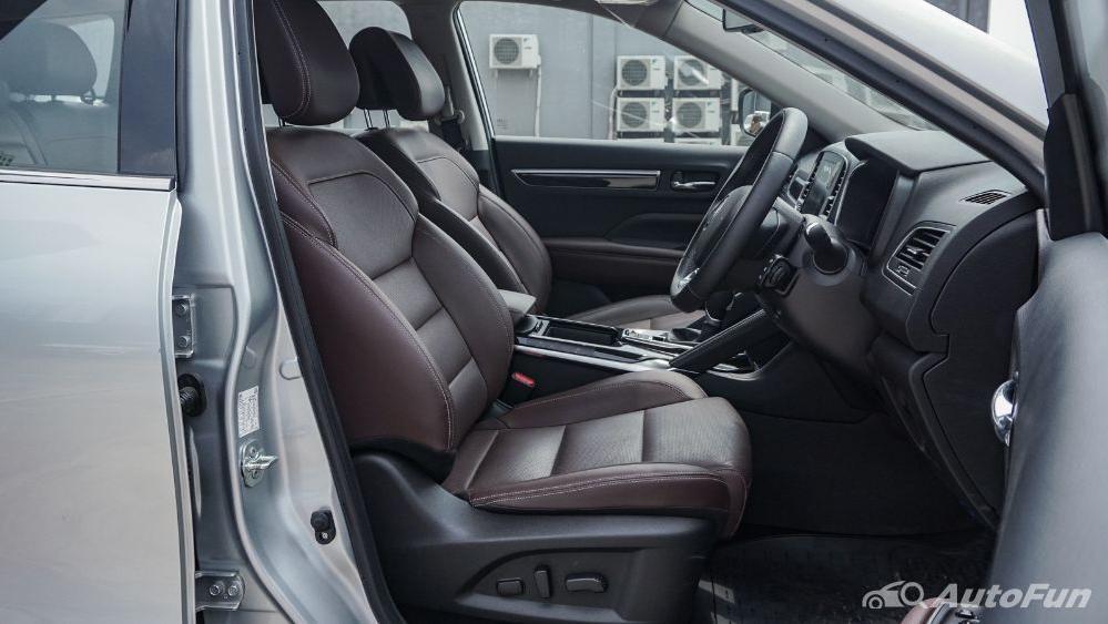 Renault Koleos Signature Interior 003