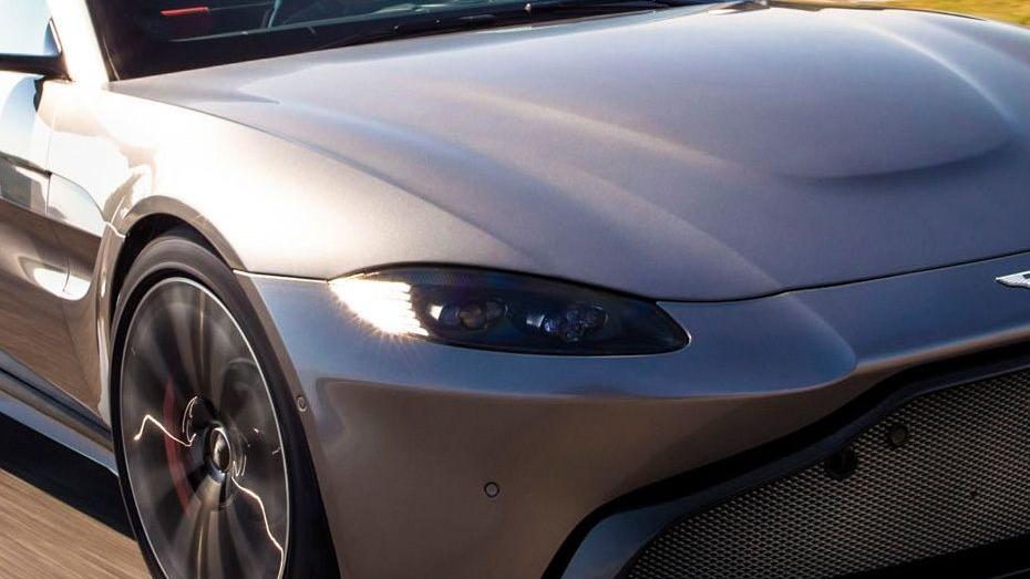 Aston Martin Vantage 2019 Exterior 005