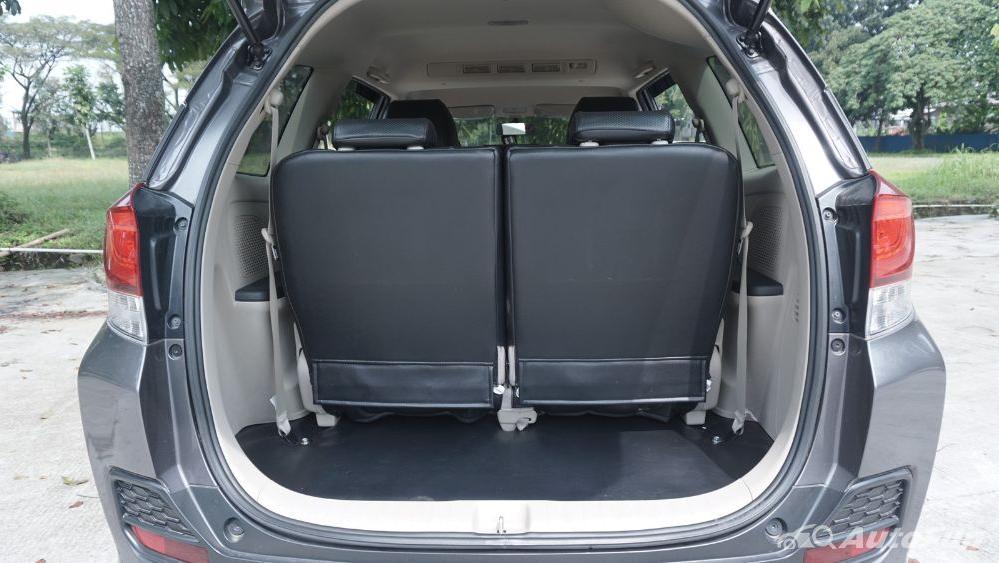 Honda Mobilio E CVT Interior 036