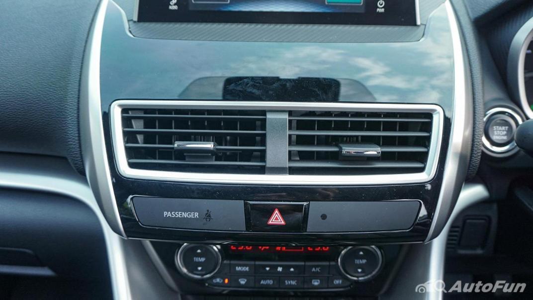 Mitsubishi Eclipse Cross 1.5L Interior 028