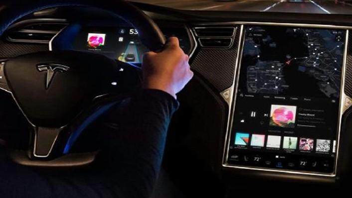 Tesla Model X 2019 Interior 004