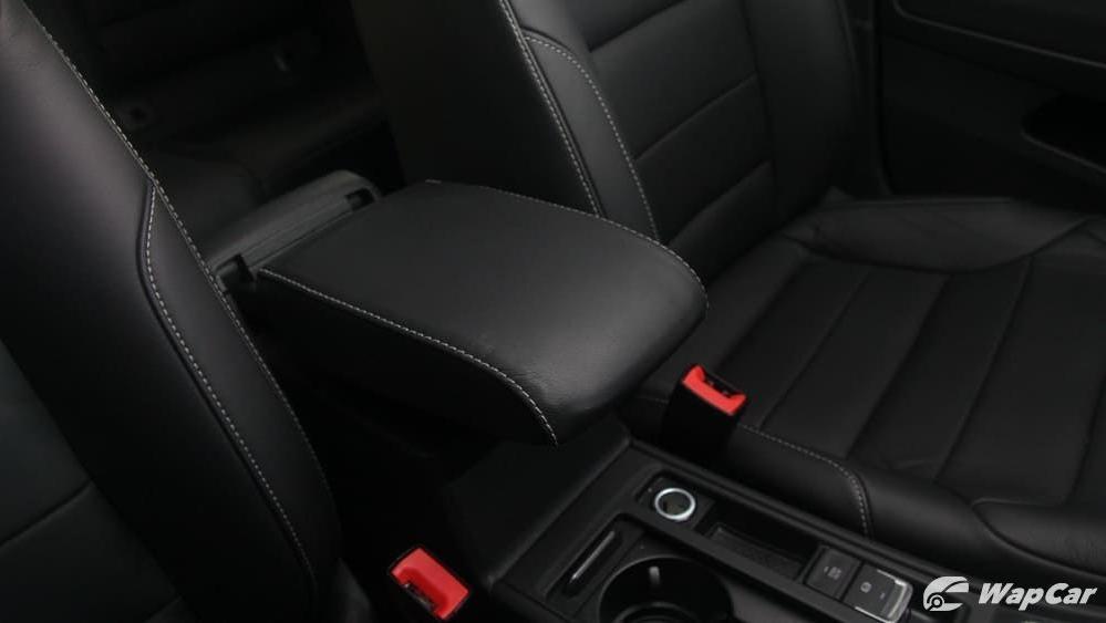 Volkswagen Golf 2019 Interior 026