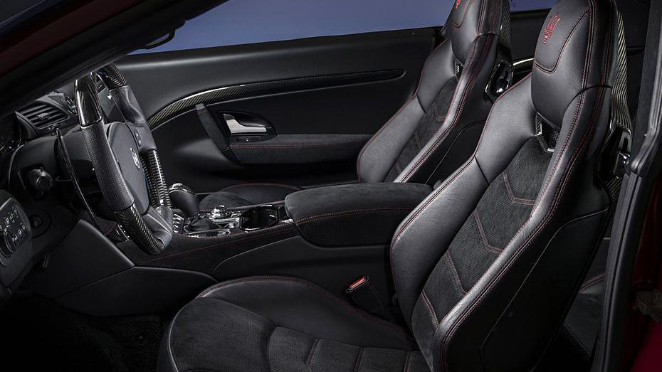 Maserati Granturismo 2019 Interior 009