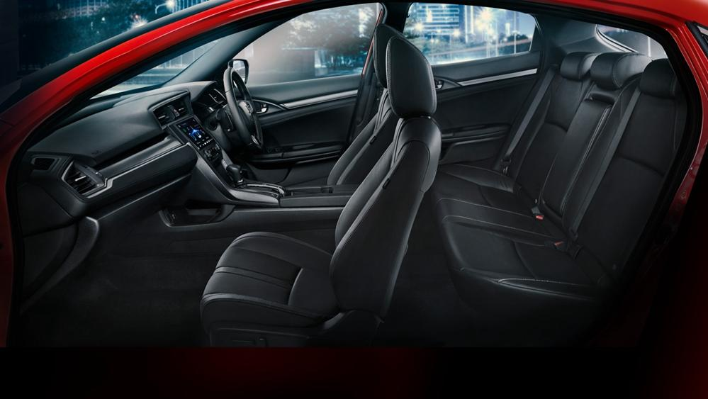 Honda Civic Hatchback 2019 Interior 012