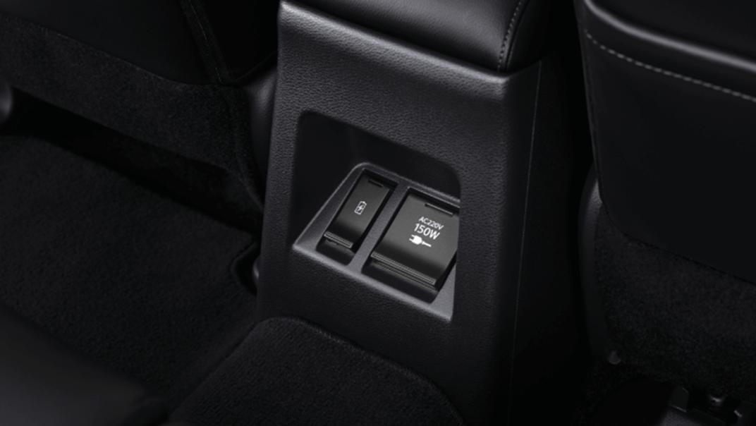 2021 Mitsubishi Pajero Sport Interior 010