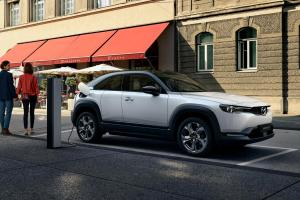 Mazda Luncurkan MX-30 EV 2022, Mobil Listrik Stylish Rp400 Jutaan