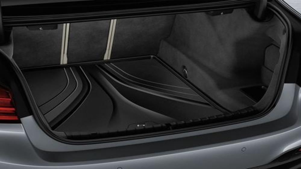 BMW 5 Series Sedan 2019 Interior 008