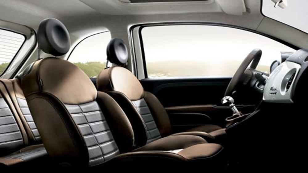 Fiat 500 2019 Interior 010
