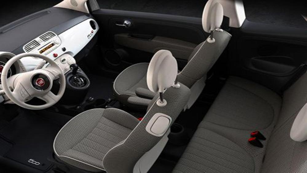 Fiat 500c 2019 Interior 004