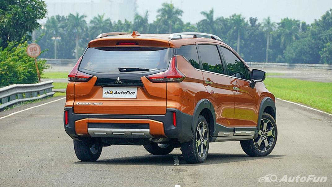 Mitsubishi Xpander Cross 2020 Premium Package AT Exterior 005