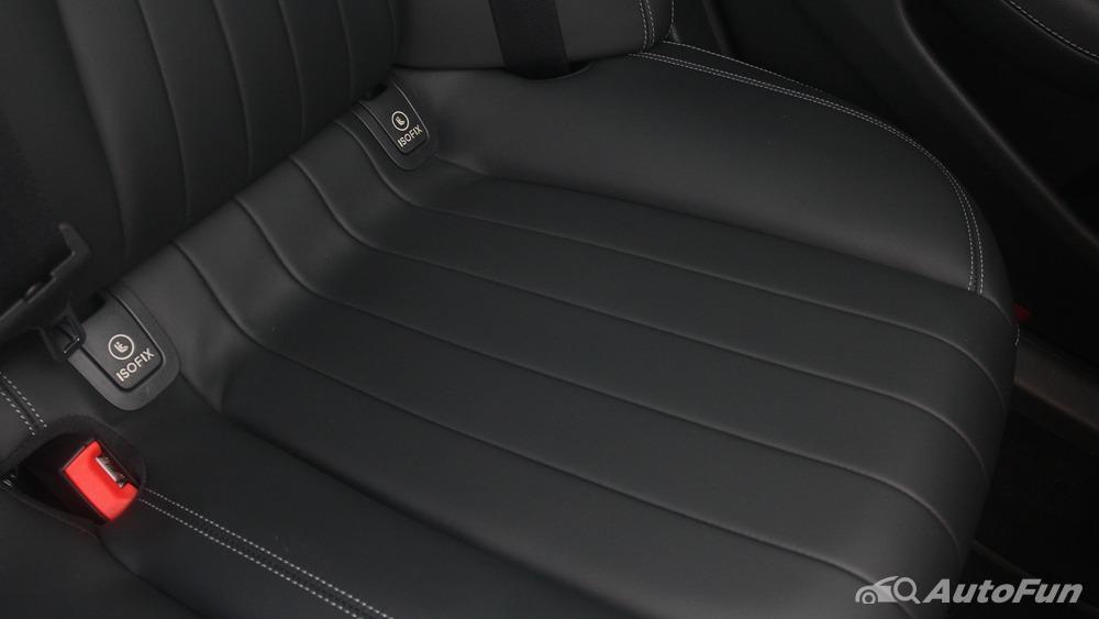 Mercedes-Benz E-Class 2019 Interior 042