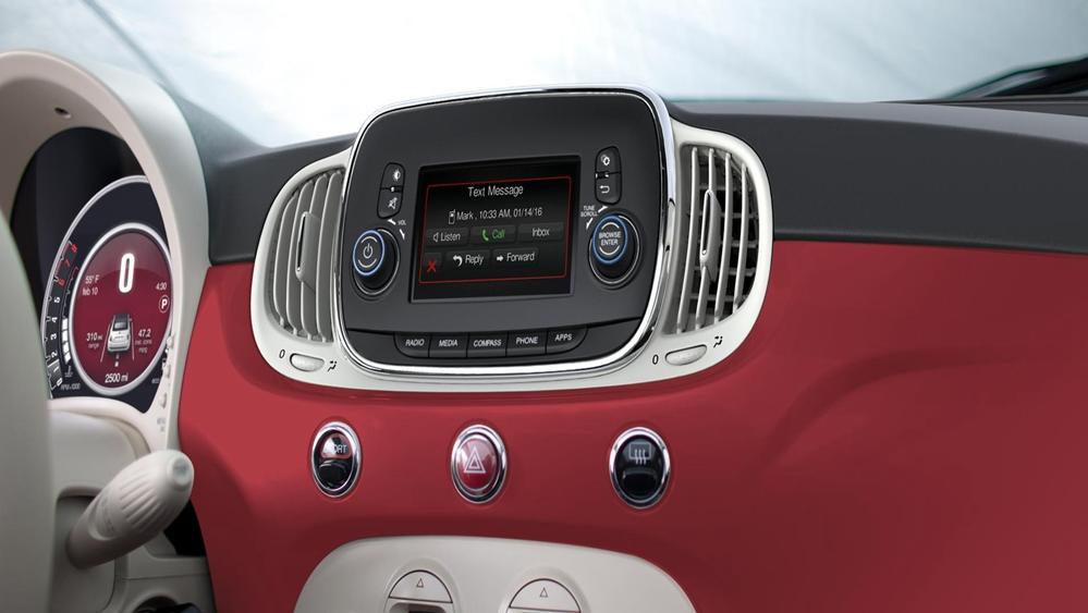 Fiat 500 2019 Interior 004