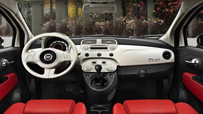 Fiat 500 2019 Interior 001