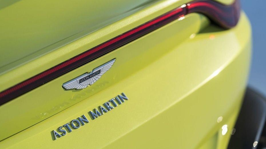 Aston Martin Vantage 2019 Exterior 010