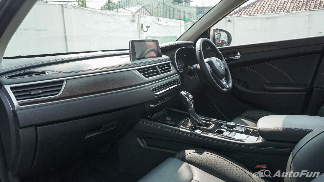 DFSK Glory i-Auto Intelligent Interior 021