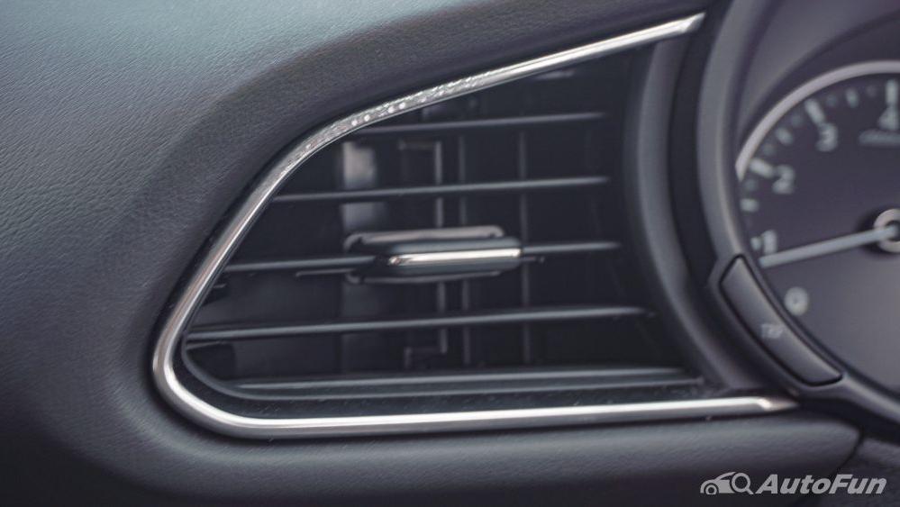 Mazda CX 30 GT Interior 037
