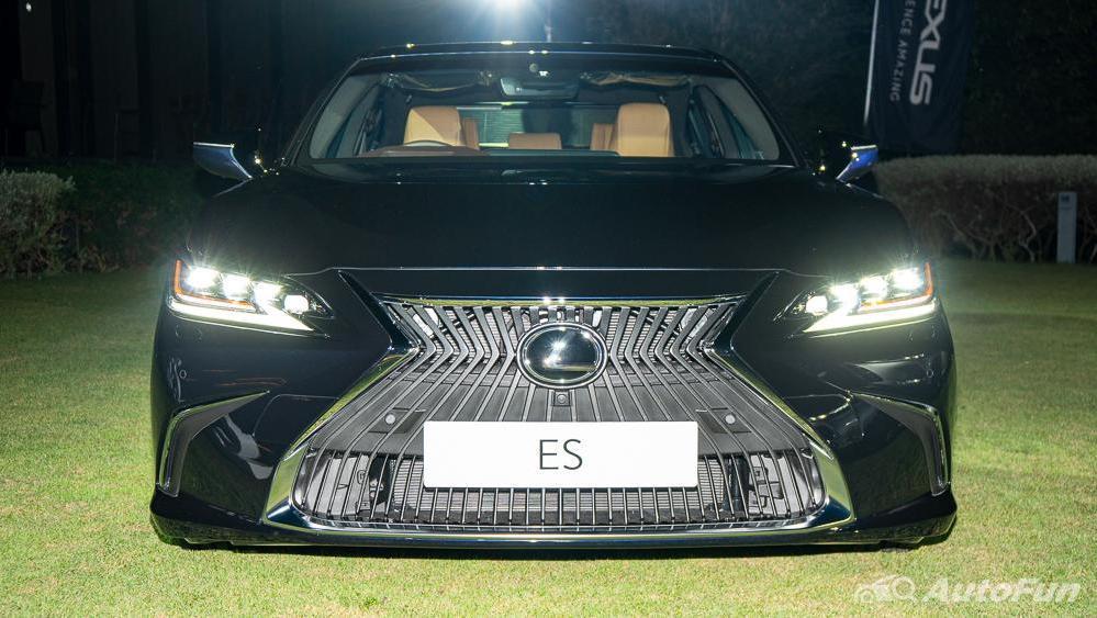 Lexus ES 2019 Exterior 007