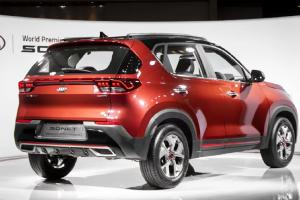 Ada Kia Sonet 7, Posisi Toyota Raize dan Daihatsu Rocky Terancam Kalah Laris?