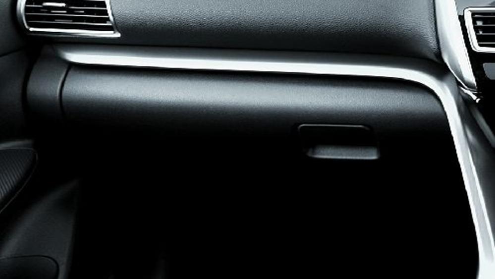 Mitsubishi Eclipse Cross 2019 Interior 011