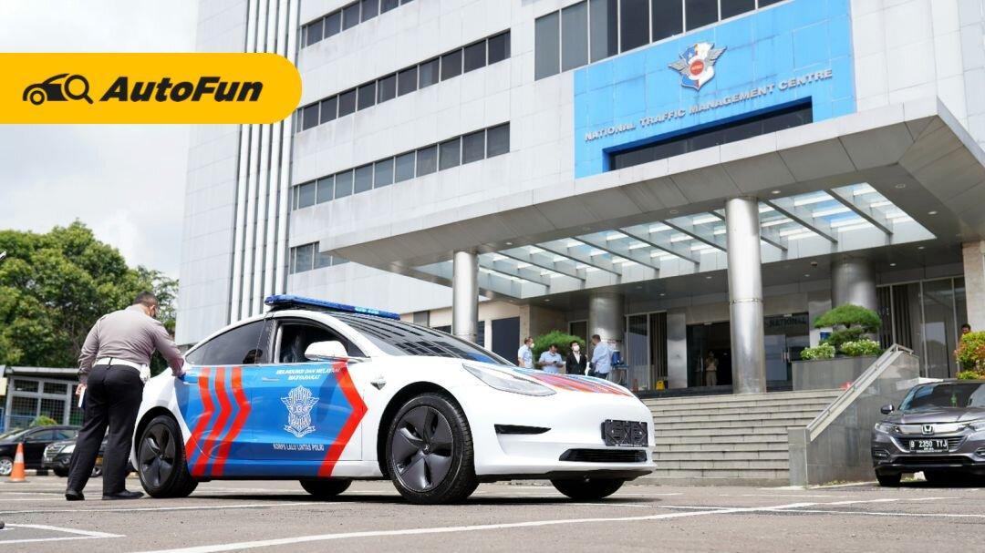 Jangan Ngebut Sembarangan! Sekarang Polri Pakai Tesla Model 3 Sebagai Mobil Dinas 01