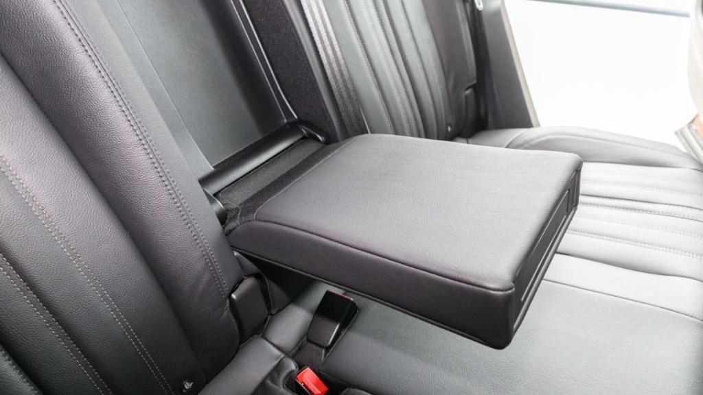 Peugeot 3008 2019 Interior 035