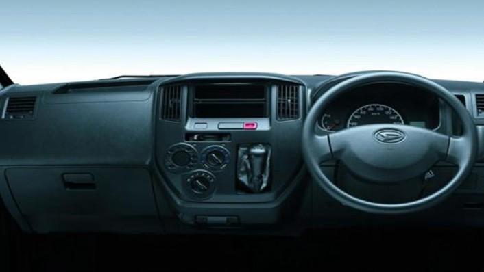 Daihatsu Gran Max MB 2019 Interior 001