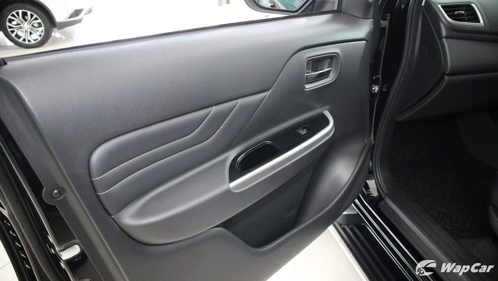 Mitsubishi Triton 2019 Interior 039