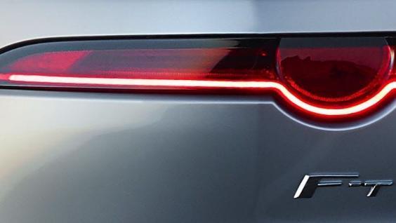 Jaguar F-TYPE 2019 Exterior 022