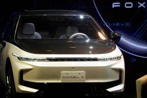 Produsen Iphone Ikutan Bikin Mobil Listrik Buat Saingi Tesla, Ada SUV, Sedan, Sampai Bus