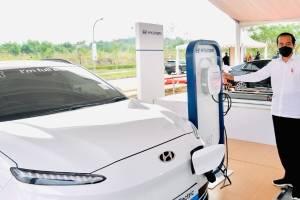 Jokowi Resmikan Pabrik Baterai Mobil Listrik Hyundai Pertama di Asia Tenggara, Mulai Produksi 2024