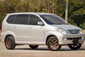 Tertarik Beli Toyota Avanza Generasi Pertama? Ketahui Beberapa Fakta Penting Ini