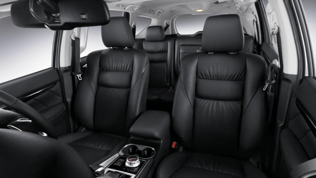 2021 Mitsubishi Pajero Sport Interior 009