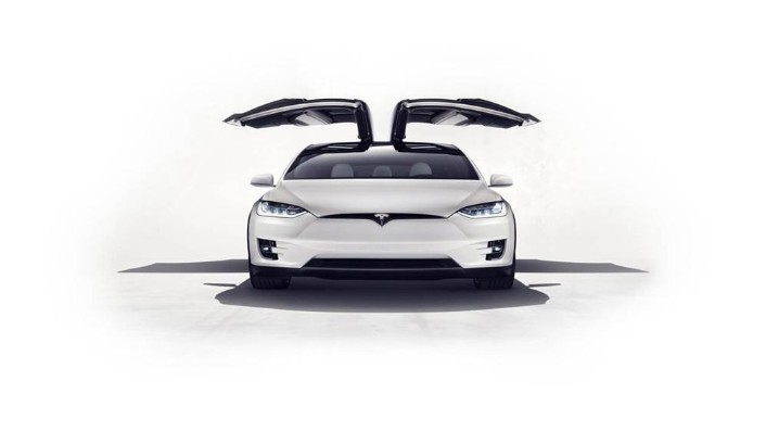 Tesla Model X 2019 Exterior 003