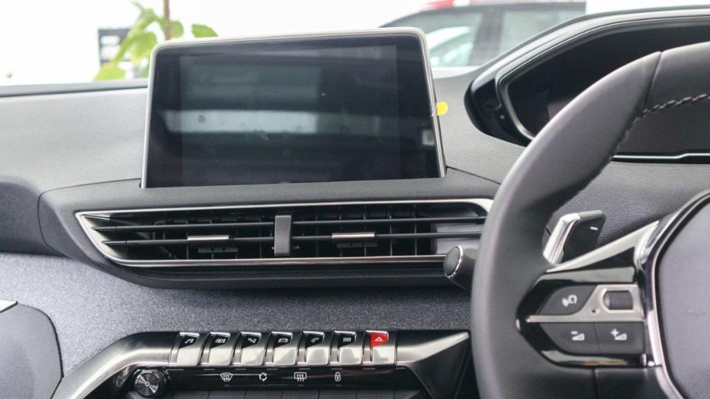 Peugeot 5008 2019 Interior 015