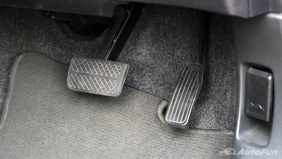 Honda Brio RS CVT Interior 006
